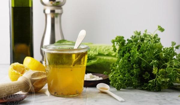 Apple cider vinegar and maple syrup salad dressing