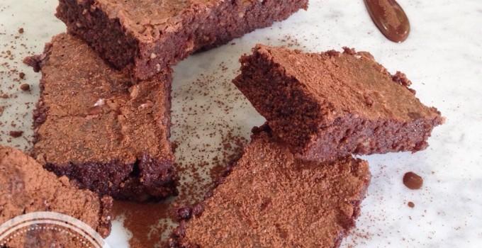 Brownies hyper santé (sans produits laitiers, sans grains, sans sucre, sans gluten, paleo)
