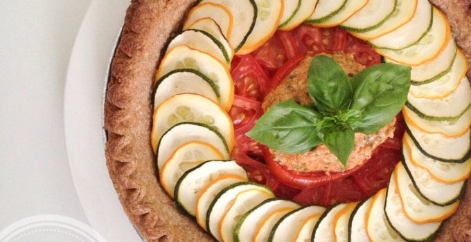 Meatless Monday: Mediterranean pie with Sicilian pesto and hummus (vegan)