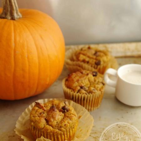 Pumpkin and chocolate chip muffins (low-gluten, dairy-free, vegan option)