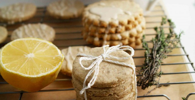 Wheatless Wednesday: Lemon Thyme Shortbread Cookies (vegan, low-gluten or gluten-free, paleo-friendly)