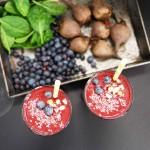Saturday Smoothie: Super Healthy Chocolate Turmeric Beet Smoothie (vegan, paleo, raw, naturally gluten-free)
