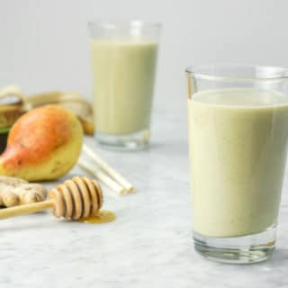 Ginger Pear Kombucha Smoothie