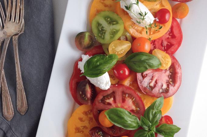 Quick heirloom tomato salad (vegetarian, vegan option, gluten-free, raw)
