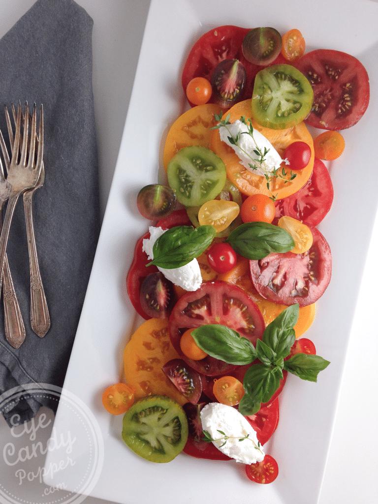 Quick heirloom tomato salad | vegetarian, vegan option