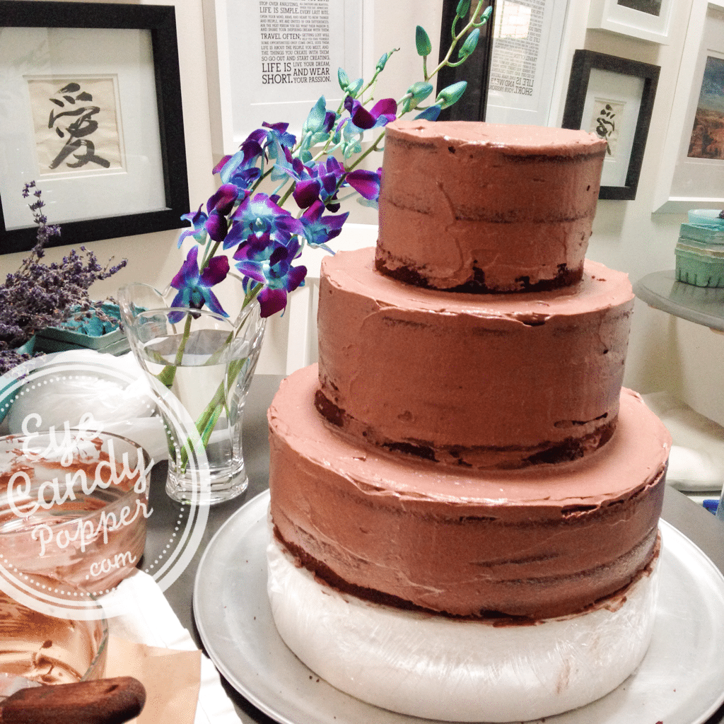 Olive oil Devil's Food Cake and how to ice a cake (multigrain, dairy-free)