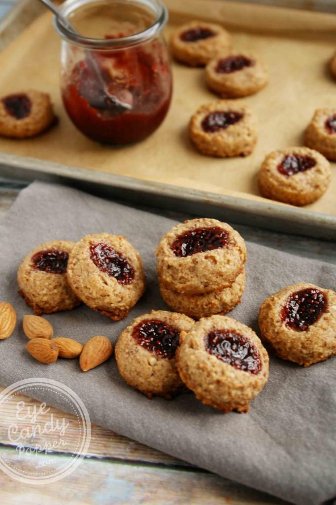 Healthy Almond Raspberry Thumbprint Cookies (vegan, paleo, gluten-free, no sugar added)